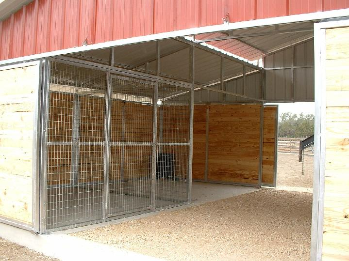 WELDED WIRE STALL AND STORAGE STALL