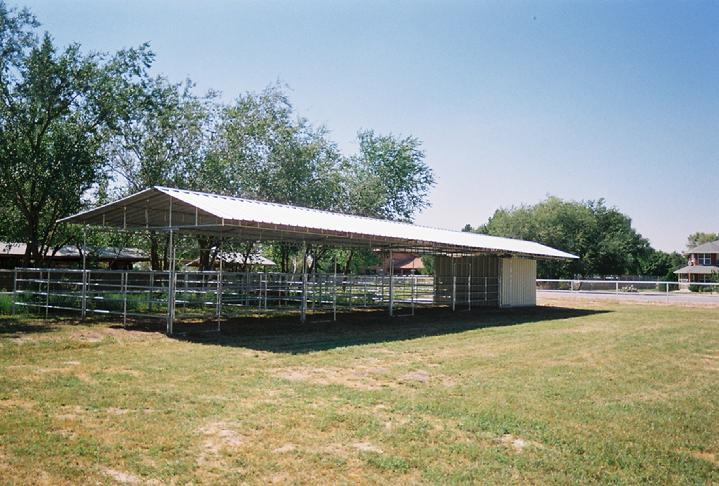 MARE MOTEL/OPEN AIR BARNS SHEDROW