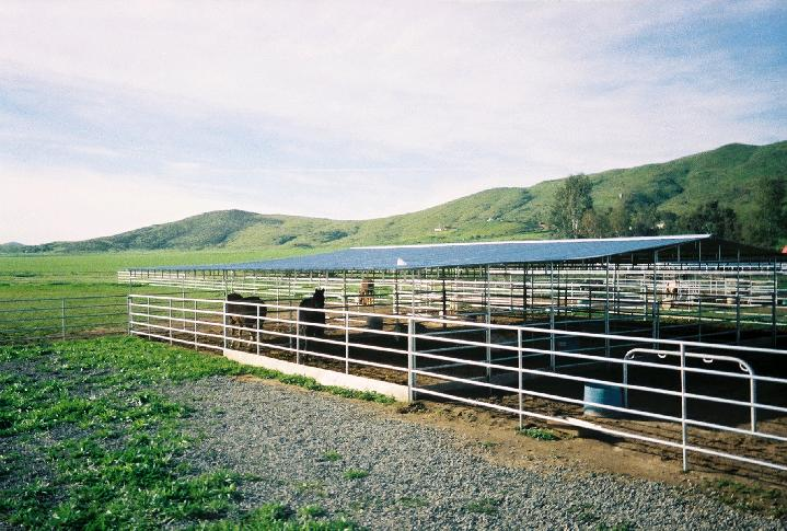OPEN AIR BARNS/COVERED CORRALS